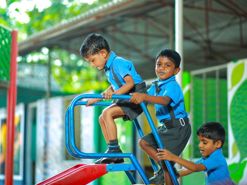 Play Classes  &  Pre-primary Classes